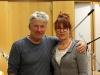 Jörg Schüttauf Arm in Arm mit seiner fiktiven Vorgesetzten Rita (Ulrike Krumbiegel) - (Foto: Thekla Harre)